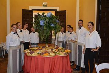 camareros catering sevilla