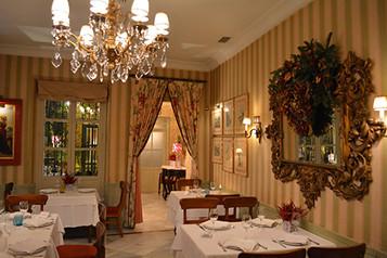 salones navidad restaurantes sevilla