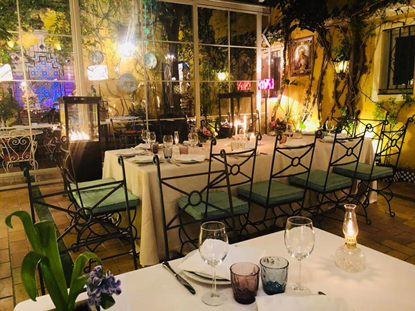 noche guadalquivir restaurantes sevilla